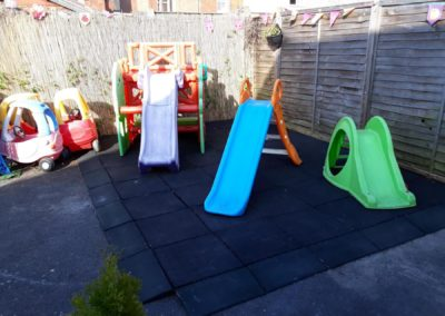 picture of garden with slides